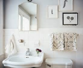 Bathroom Ideas White Tile by 33 Amazing Pictures And Ideas Of Old Fashioned Bathroom