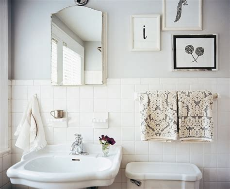 Bathroom Ideas White Tile | 33 amazing pictures and ideas of old fashioned bathroom