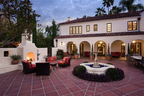 mediterranean patio design 18 extraordinary luxurious mediterranean patio designs you