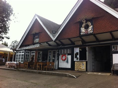 boat house tavern cherwell boathouse restaurant punt station london