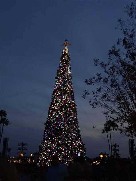 human christmas tree epcot at disney world