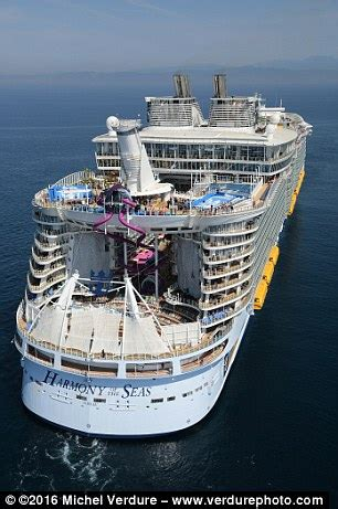 boat shop de queen ar the world s best cruise ships of 2017 revealed daily