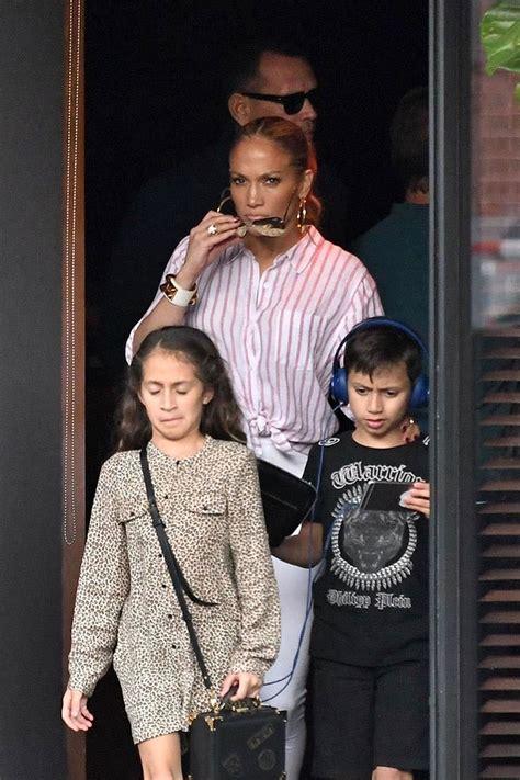 Jennifer Lopez  Ee  Her Ee   Twins Sandra Rose