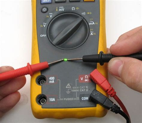 check capacitor polarity multimeter use multimeter beep to find smt led polarity curious inventor