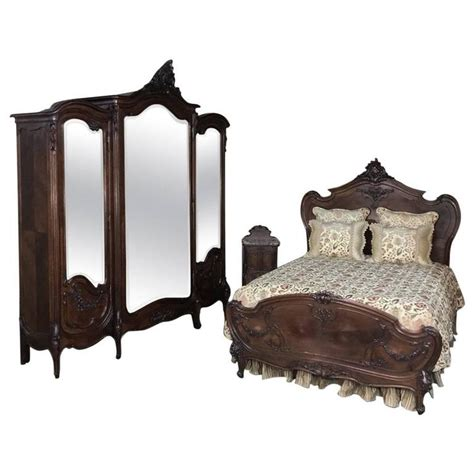 Louis Xv Bedroom Furniture 19th Century Signed By Mercier Freres Louis Xv Walnut Bedroom Suite For Sale At 1stdibs