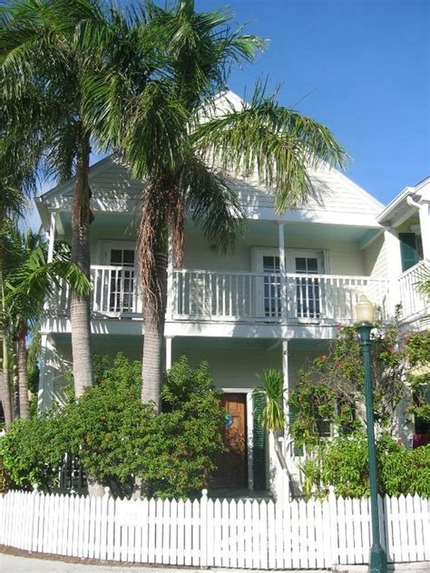 luxurious 4 bedroom 3 bath home homeaway key west