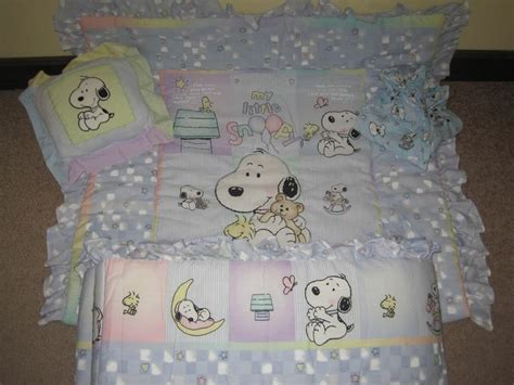Snoopy Nursery Decor 17 Best Ideas About Snoopy Nursery On Baby Snoopy Snoopy And Peanuts