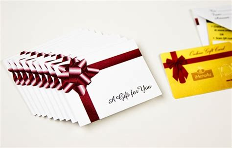 Generic Gift Cards - gift card holders sleeves envelopes custom gift card accessories from plastic