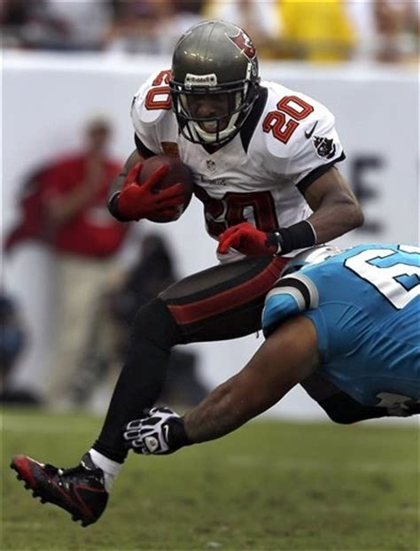 authentic ronde barber 20 jersey a lifetime p 1010 17 best images about buccs on calvin