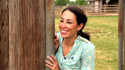 joanna gaines facebook joanna gaines retail stores let anyone get fixer upper