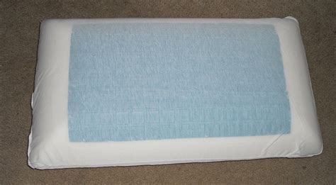 Cold Pillow Reviews by Chilicloud Cooling Gel Pillow Review Emily Reviews