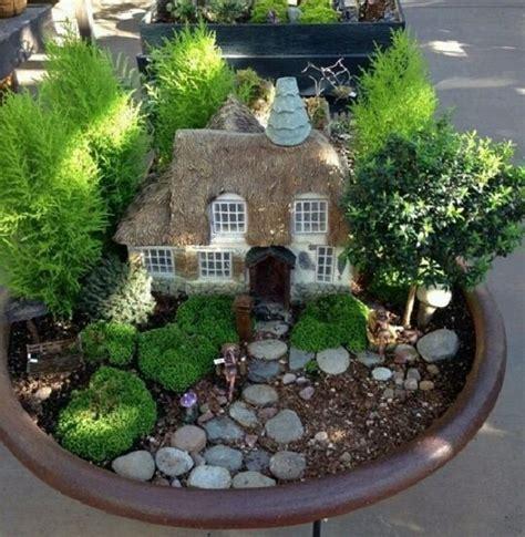imagenes de jardines zen en miniatura las 25 mejores ideas sobre jardines en miniatura en