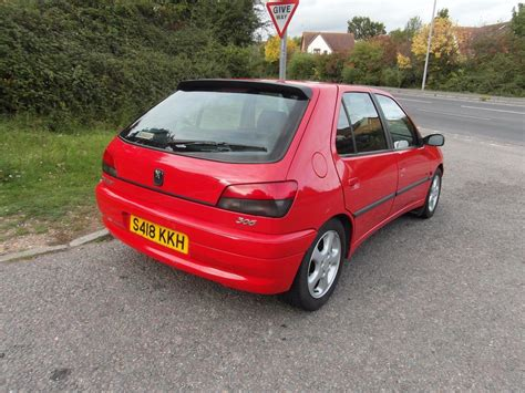 peugeot 2 door peugeot 306 gti 6 peugeot s fantastic 6 speed hatch