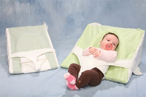 Reflux Baby Pillow by The Reflux Colicky Baby In The Above Picture Is 13 Weeks