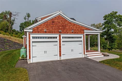 chiohd residential garage doors carriage house sted garage doors chi overhead doors