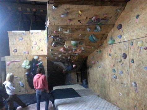 home rock climbing wall www imgkid the image kid