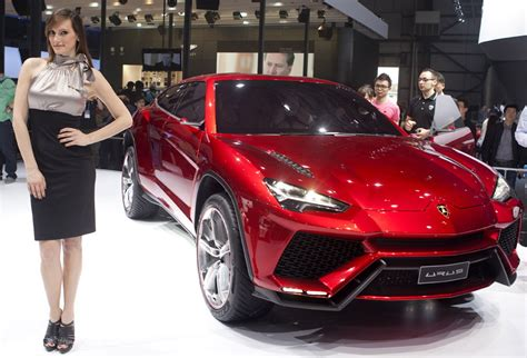 lamborghini urus doors open lamborghini urus superveloce version prices info
