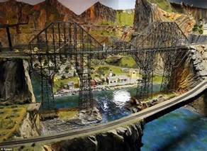 largest model railroad draws thousands nj daily mail
