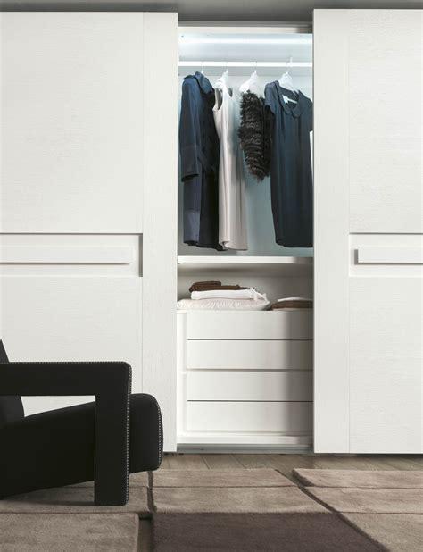 bruno interni catalogo bruno interni armadio scorrevole charme collezione alf