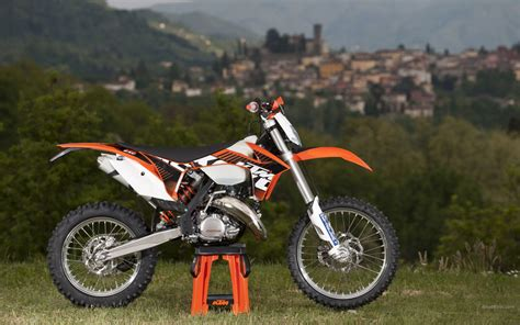 Ktm Exe 125 2013 Ktm 125 Exc Review Top Speed