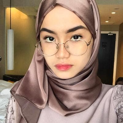 contoh jilbab kaca  memakai jilbab segi empat modern
