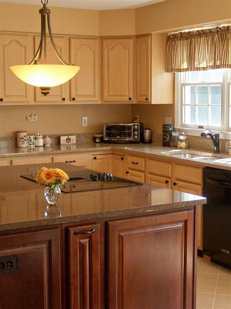 Kitchen Colors Ideas Pictures by 30 Painted Kitchen Cabinets Ideas For Any Color And Size