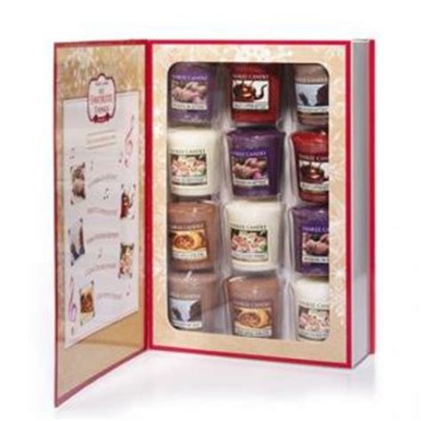 pogo vols 3 4 gift box set vol 3 4 walt s pogo my favorite things slers 174 votives from the yankee candle