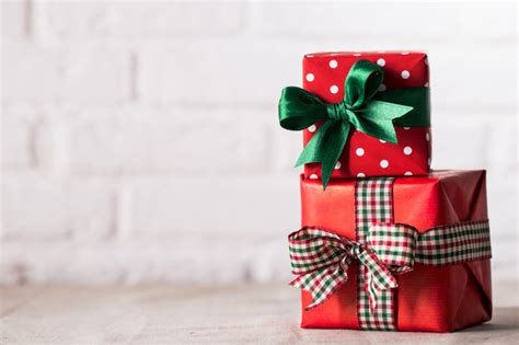 photo presents wrapped presents on white background photo free download