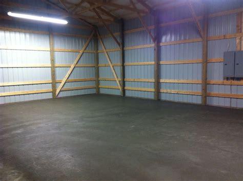 My New Workspace 16x9 Garage Door