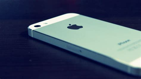 hd wallpapers for iphone 5 white 1280x800 iphone 5 white back desktop pc and mac wallpaper