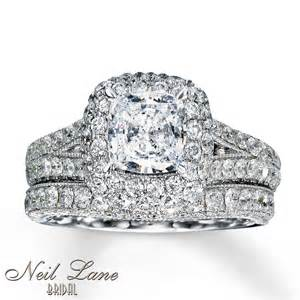 Cushion Cut Neil Neil Bridal Set 3 3 8 Ct Tw Diamonds 14k White Gold