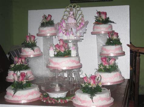 como decorar tortas para quinceañeras 17 mejores ideas sobre tortas de quincea 241 eras en pinterest