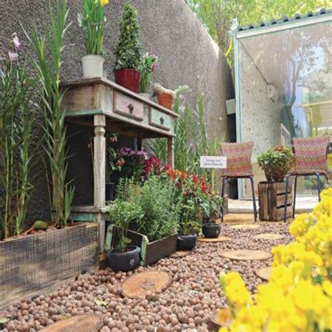 como decorar jardins pequenos pedras como decorar jardins pedras