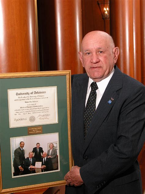Robert Johnson Mba by Ud S Mba Grad Retired After 50 Years Of Exemplary