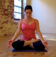Bantal Senam generasi 2 senam pose meditasi
