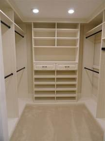 Closet Shelving Ideas 25 Best Ideas About Diy Master Closet On Diy