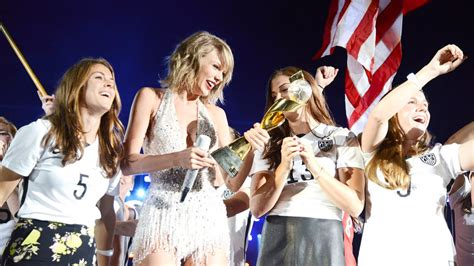 taylor swift concert nz info uswnt s celebration continues by joining taylor swift