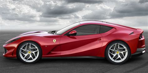 cars ferrari 2017 2017 ferrari 812 superfast revealed photos 1 of 6