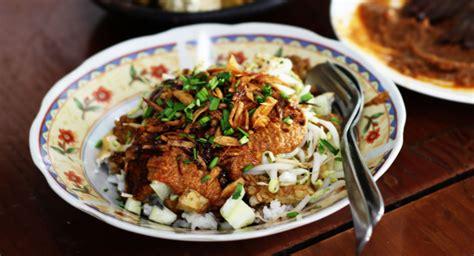 cara membuat nasi kuning lengkap sajian nusantara menyajikan berbagai resep masakan enak