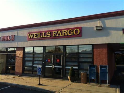 fargo bank hours fargo bank banks credit unions 295 westport