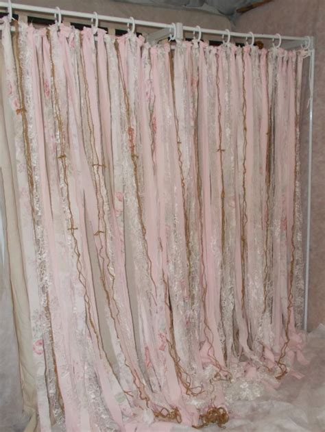 dividing curtains 25 best ideas about room divider curtain on pinterest