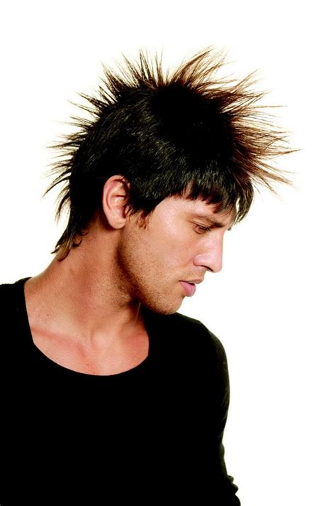 mens feathered hair feathered hairstyles for men
