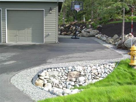 driveway border on pinterest driveway landscaping driveway edging and gravel driveway