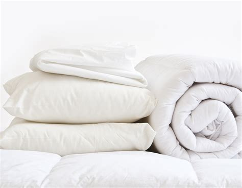 bed full of pillows king 10 5tog bedding bundle inc pillows duvet protecto