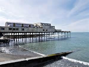 pier aberystwyth aberystwyth beach and pier 169 david dixon geograph