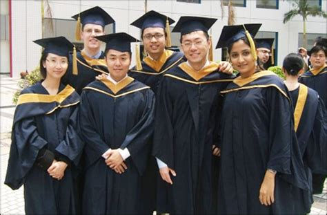 Do Mba Students Walk At Graduation by Doing Business In China