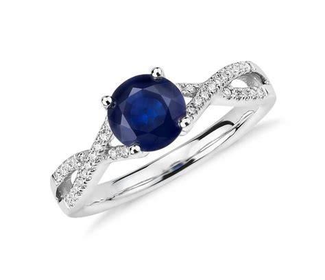 sapphire and twist ring in 14k white gold 6mm
