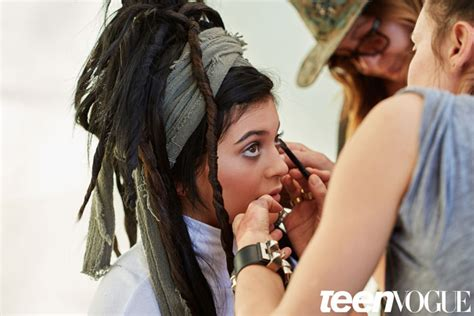 kylie faux locs kylie jenner dons faux locs for teen vogue shoot