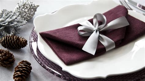 tavola natale addobbi dalani addobbi natalizi per la tavola per un natale chic