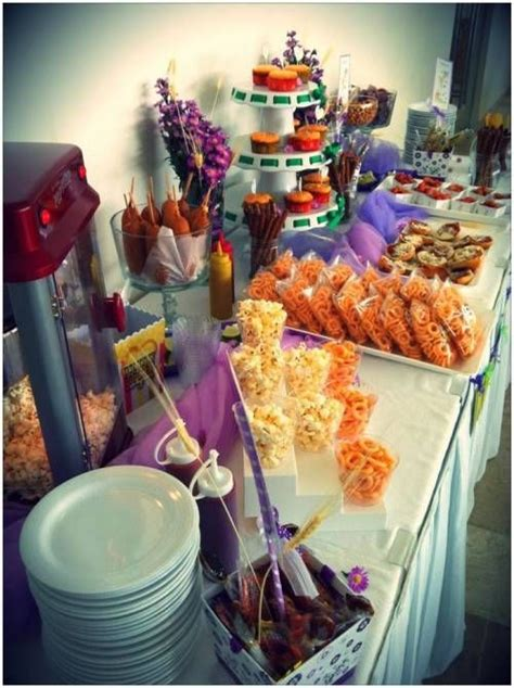 mesas de dulces como decorarlas 50 ideas para decoraci 243 n de primera comuni 243 n ni 241 o y ni 241 a ideas para decorar una mesa de dulces en tu boda wedding ideas bags tables and